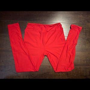 Lularoe leggings red!